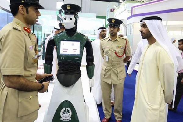 policejní robot=